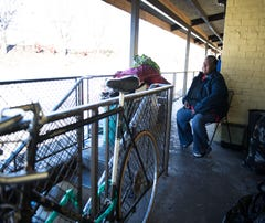 Condemned Economy Inn leaves residents in crisis. 'How do we live?' one asks