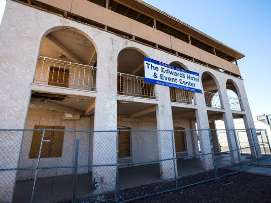 Developer scares up haunted hotel at century-old building in Peoria