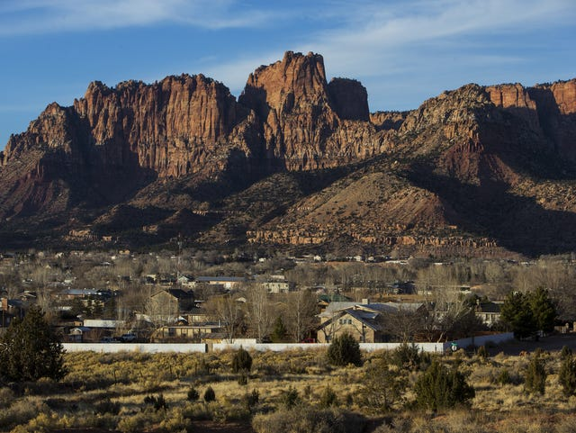 Outsiders, FLDS battle for control of towns Warren Jeffs
