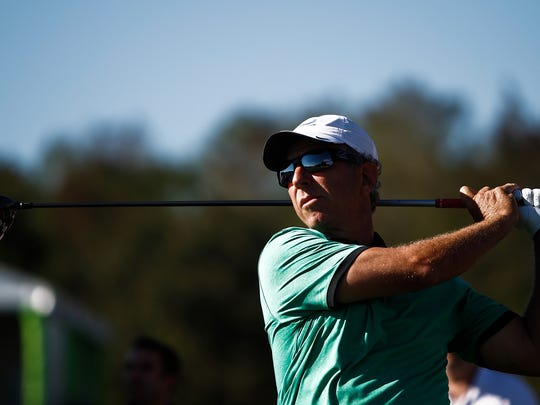 Former tour player Bobby Clampett will play in a 36-hole U.S. Open sectional qualifier on Monday in Columbus, Ohio.