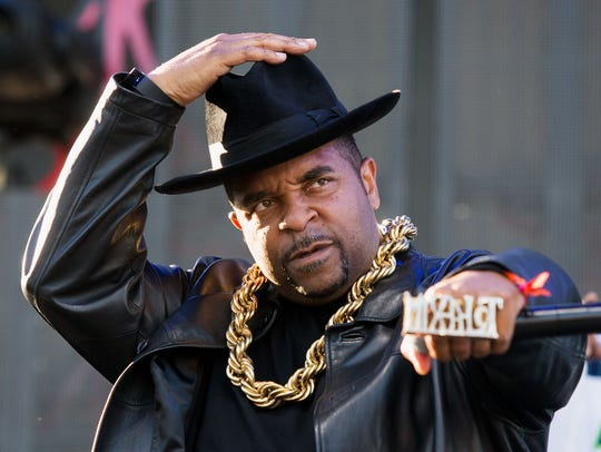 Sir Mix-a-Lot performing in 2017