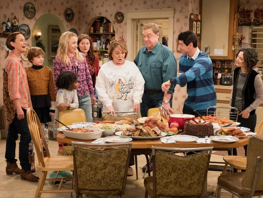 & # Roseanne & # 39; Spinoff & # 39; The Conners & # 39; Premiere Tuesday without matriarch Roseanne (Roseanne Barr), center in chicken shirt, seen with the Conner family in a scene from last spring Top-Rated killed Roseanne Revival