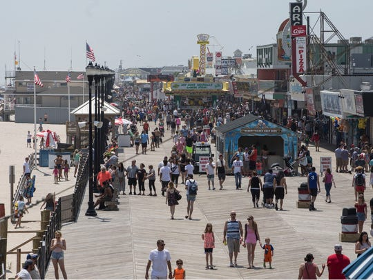 Memorial Day Weekend gets underway along the beach