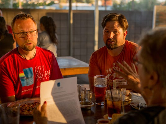 'Theology Pub' hosts meetings to discuss philosophy, theology