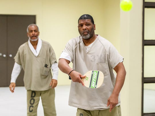 Inmates Melvin Coleman (right) and Derrick Smith of