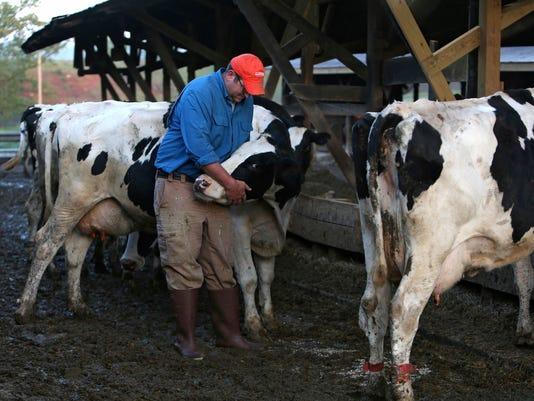 WSF 0714 VA farmers 3.jpg