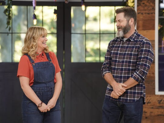 "Amy Poehler and Nick Offerman have a playful banter while getting ready to judge projects on a ""faster-craft"" challenge."