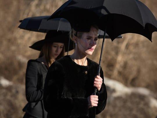 Taissa Farmiga as Zoe and Sarah Paulson as Cordelia