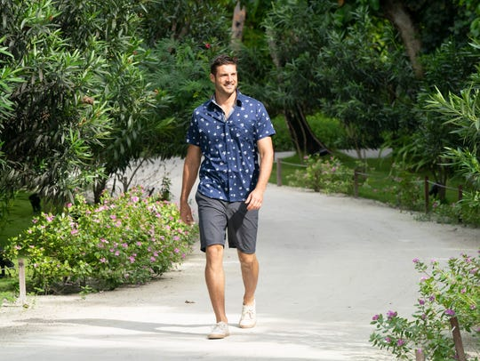 "Garrett won the day on ""The Bachelorette"" finale."
