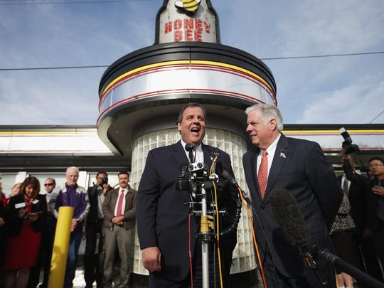New Jersey Gov. Chris Christie, left, and Maryland