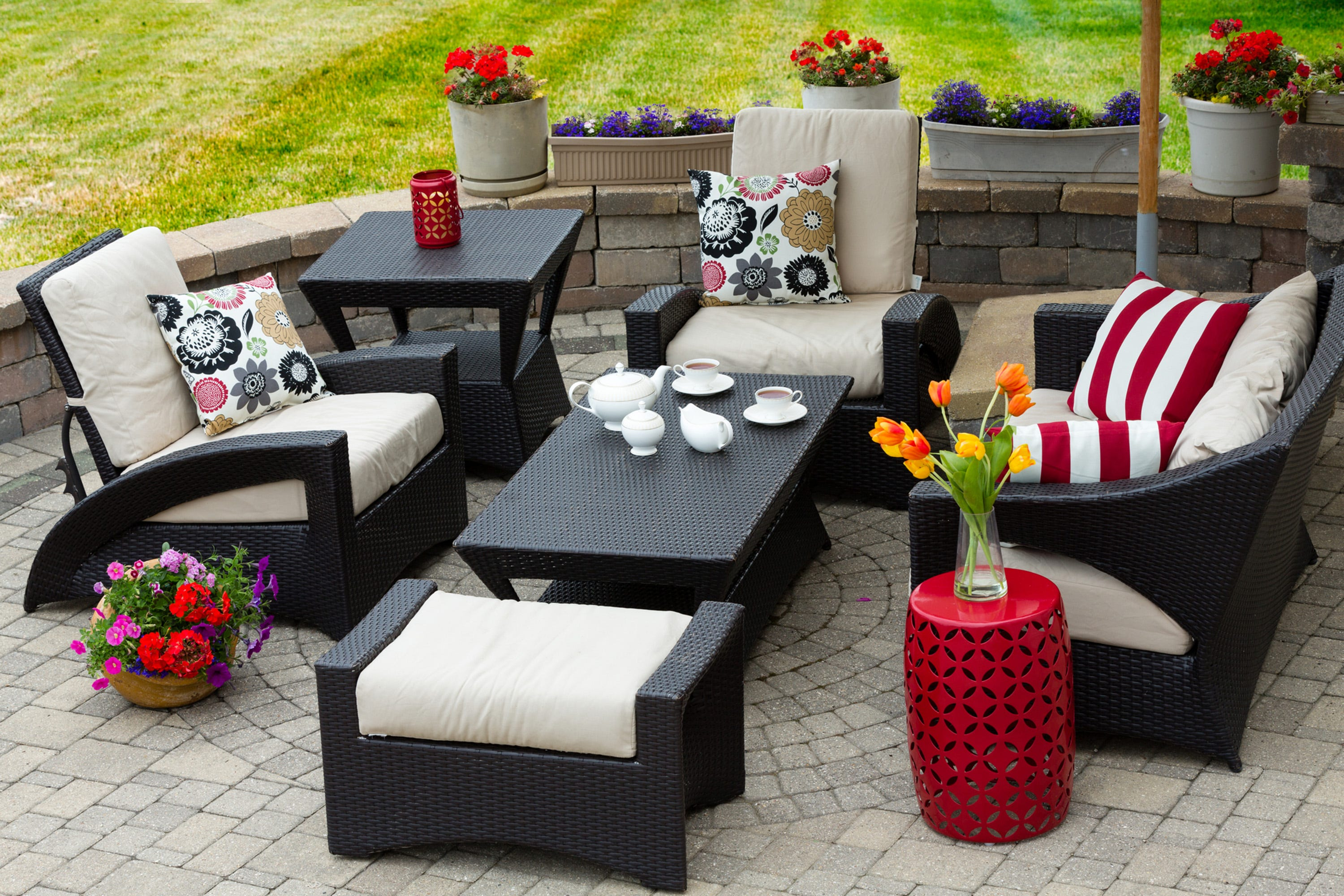 Proper Care And Cleaning Can Keep Your Patio Furniture Looking New For  Years To Come. (Dreamstime) (Photo: Dreamstime, TNS)