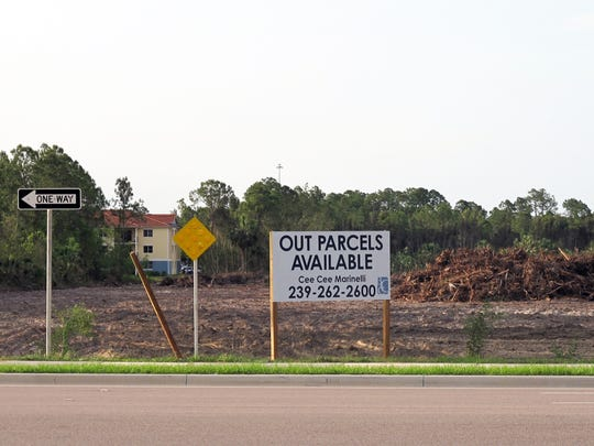 Land clearing and installation of infrastructure recently began at Fronterra, a new residential community planned next to Saddlebrook Village Apartments on the north side of Davis Boulevard west of Collier Boulevard in East Naples.