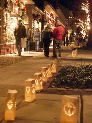 Haddonfield shoppers browse stores along Kings Highway.