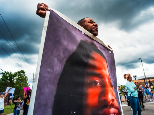 AP CASTILE SHOOTING-OFFICER TRIAL-PROTESTS A USA MN