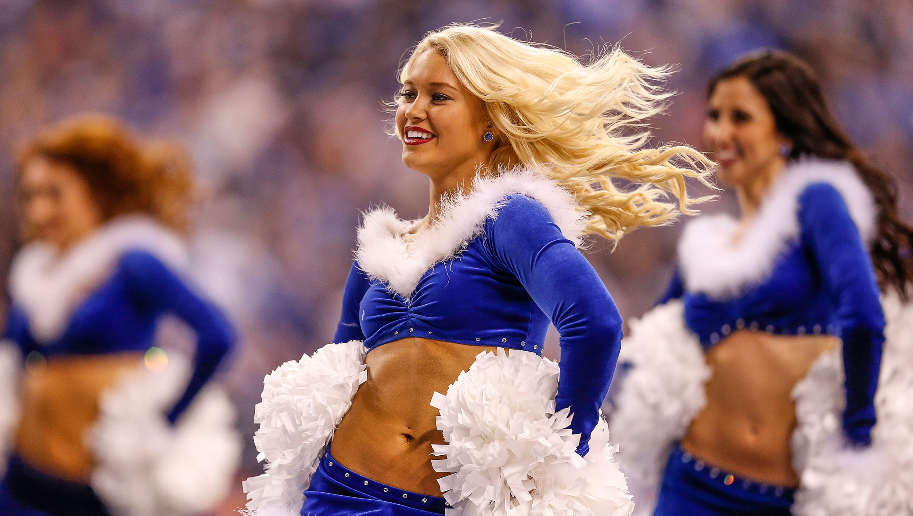 Colts Cheerleaders Show Holiday Spirit