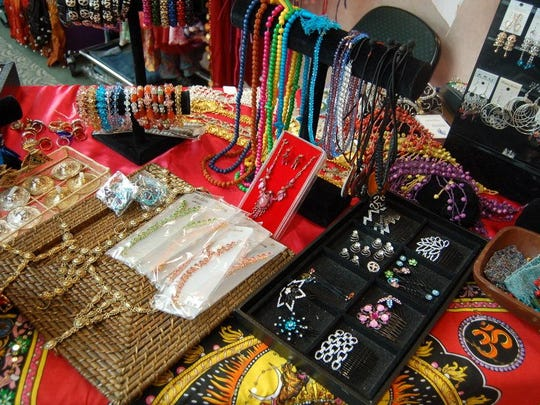 Jewelry and gifts at VoL Expo