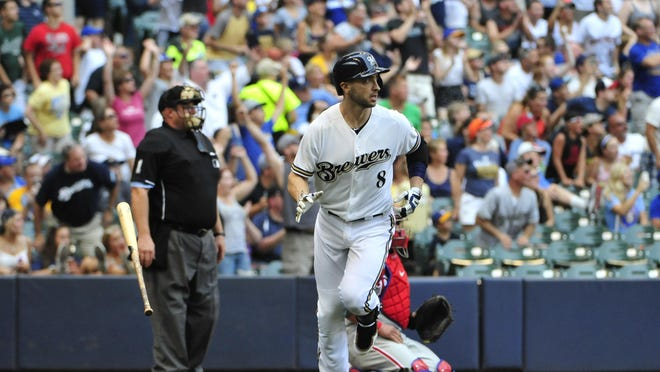Ryan Braun is now the Milwaukee Brewers' all-time leader for home runs.