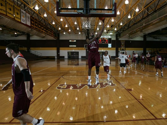 Iona's Gary Springer is photographed during a practice at Iona's Hynes Athletic Center in 2008.