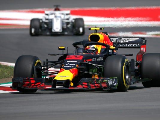 Spain_F1_GP_Auto_Racing_02202.jpg