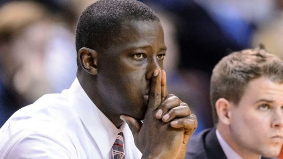 Former Alabama head coach Anthony Grant, who made the NCAA Tournament once in six seasons with the Crimson Tide, is scheduled to return to Auburn Arena in 2018-19 season. Auburn and Dayton agreed to a home-and-home contract.