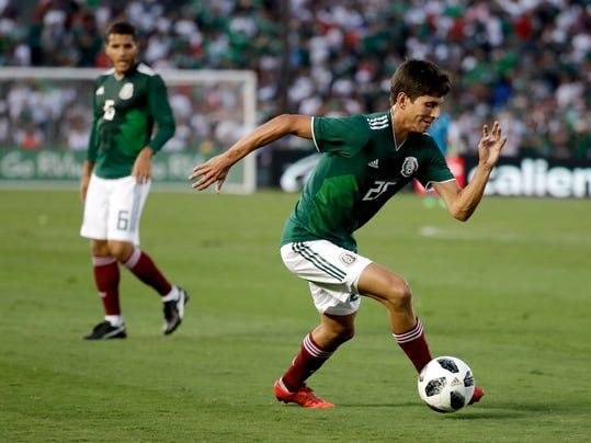 Russia_Soccer_WCup_Mexico_04438.jpg