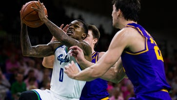 College basketball: Ice cold FGCU men fall into ASUN tie with home loss to Lipscomb