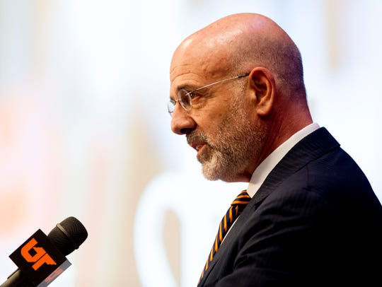 UT President Joe DiPietro speaks during the UT Board of Trustees' fall meeting, Nov. 3, 2017.