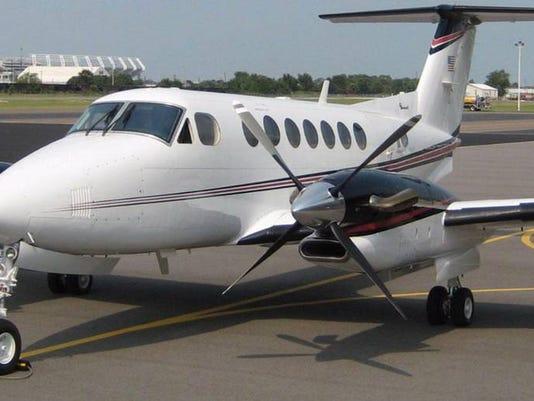 636634568979241034-USC-Plane.jpg
