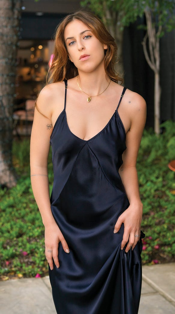 Scout Willis dishes on Scout's General, her 'sensual ... Bruce Willis Movies