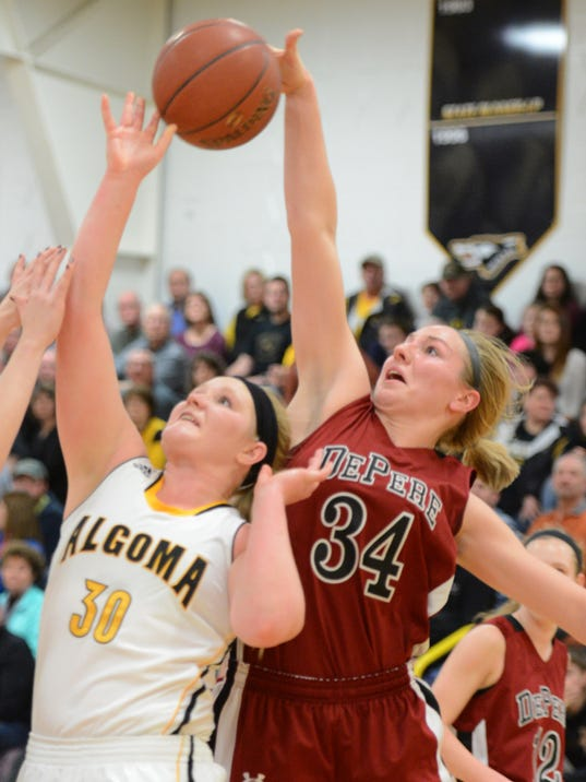 De Pere stays hot in win over shorthanded Algoma