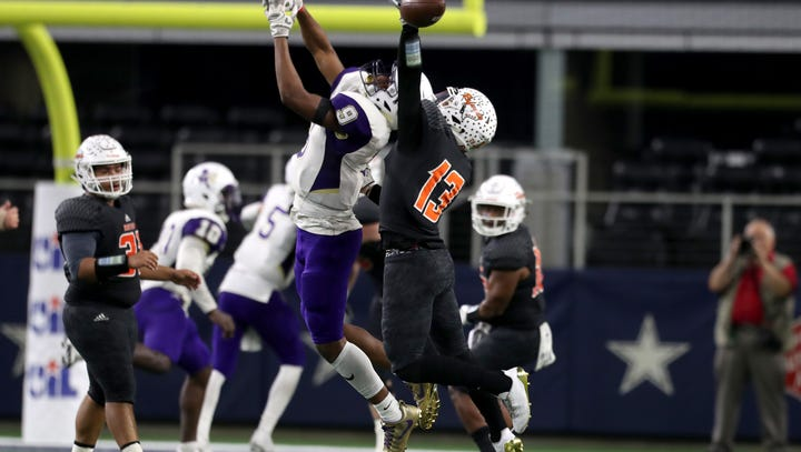 HAYWARD: Refugio, Mart rematch still big even though the stakes are not