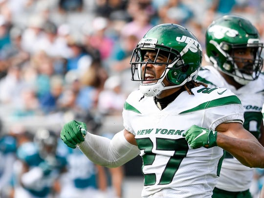 Oct 27, 2019; Jacksonville, FL, USA; New York Jets cornerback Darryl Roberts (27) reacts during the fourth quarter against the Jacksonville Jaguars at TIAA Bank Field. Mandatory Credit: Douglas DeFelice-USA TODAY Sports