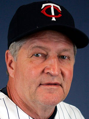This is a 2007 file photo of Rick Stelmaszek of the Minnesota Twins baseball team. The Minnesota Twins say former coach Rick Stelmaszek, who helped lead the team to two World Series Championships, has died of complications from pancreatic cancer. He was 69. The Twins were informed of the death Monday, Nov. 6, 2017 by a friend of the Stelmaszek family, according to team spokesman Dustin Morse.
