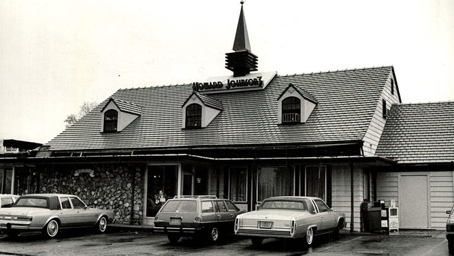 Howard Johnson's at Twelve Corners in Brighton was a place to meet, greet and eat.