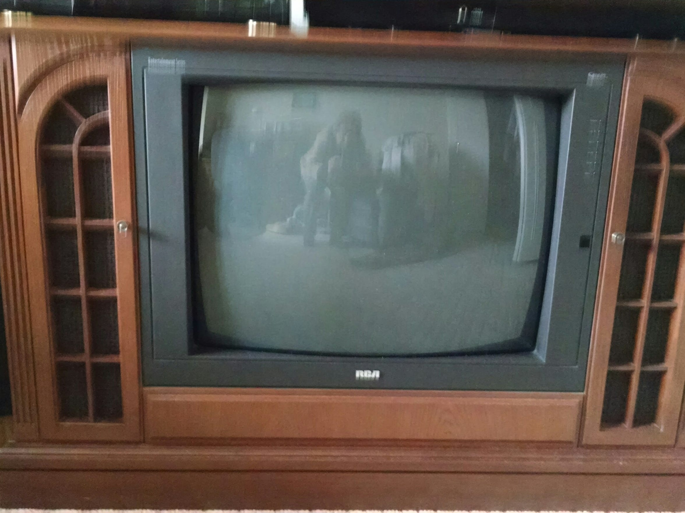 This console TV set is a dinosaur, but it looked good