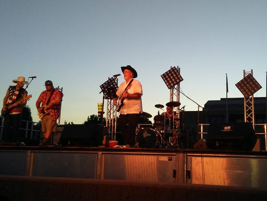 Mike Brown California Country band