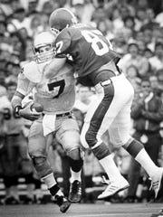 MSU's John Budde sacks Notre Dame quarterback Steve
