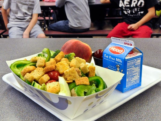 AP HEALTHIER SCHOOL LUNCHES A FILE USA NY