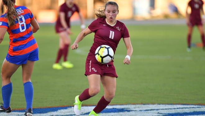 Gloriana Villalobos had two assists in FSU's 2-0 victory over the Florida Gators.