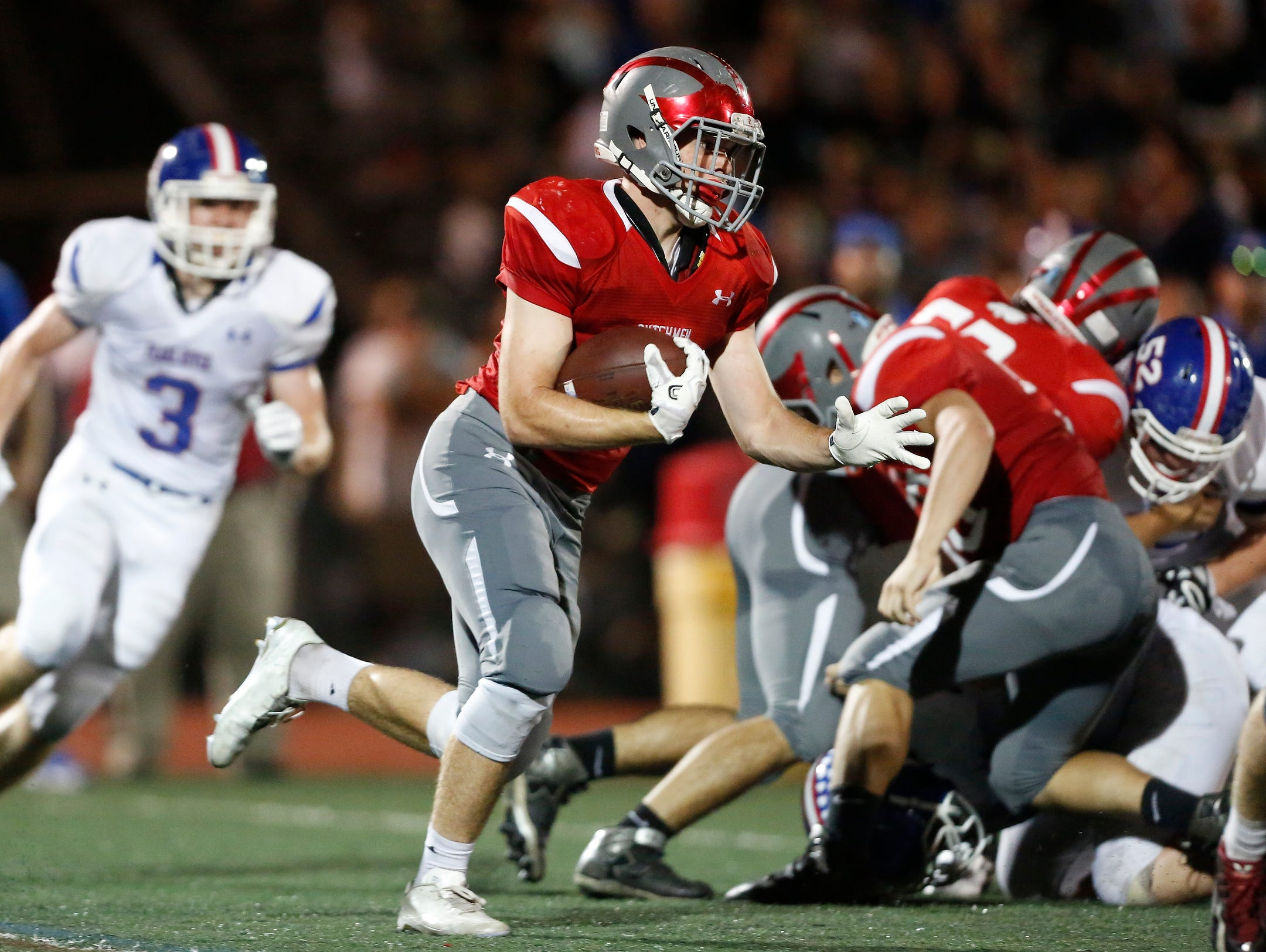 Tappan Zee's Nick Violetto (1) gets the carry during football action at Tappan Zee High School in Orangeburg on Friday, September 23, 2016. Tappan Zee won 25-7.