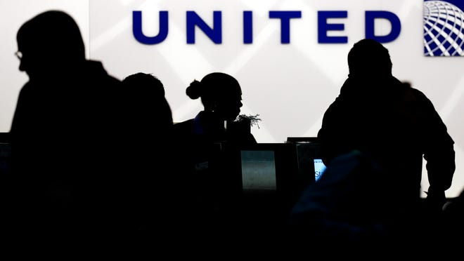 Starting March 2015, elite members of United's MileagePlus program will earn between seven and 11 miles for every dollar they spend on tickets, not counting taxes. Regular members, those who fly less than 25,000 miles and spend less than $2,500 a year, will get five miles per dollar toward free travel.