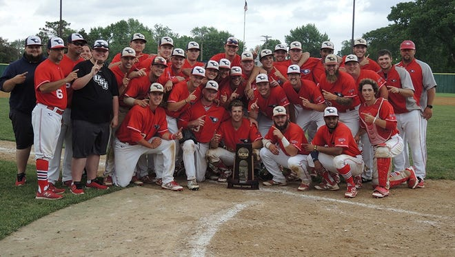 The University of Southern Indiana baseball team won the 2018 Midwest Regional championship.