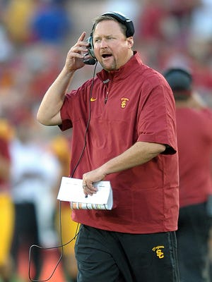 """Former Stanford offensive lineman Ben Muth on Tim Drevno: """"He's going to impart toughness on that offensive line."""""""