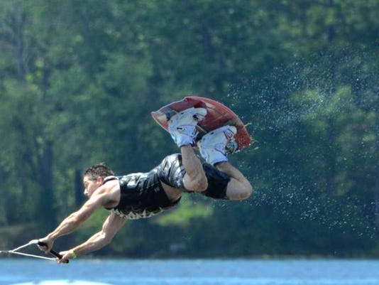 081916-ai-wakeboard-contest01.jpg