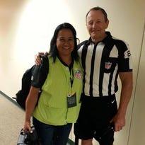 Retiring NFL ref Ed Hochuli, De Pere woman hit it off at Lambeau Field