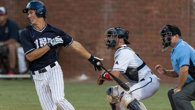 UNF senior Blake Marabell is hitting .300 for the Ospreys and is tied for the team lead with 10 RBI.