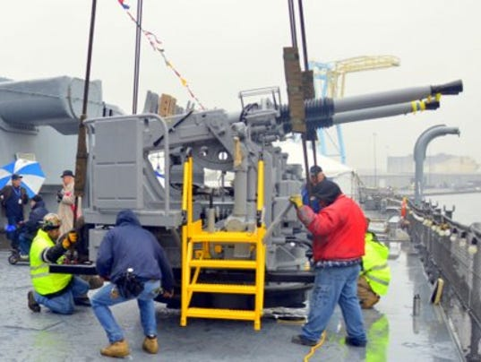 636466292561785430-Quad-40-bofors-mount-being-adjusted-in-aalce-on-deck-of-battleship-new-jersey-nov-2017.JPG