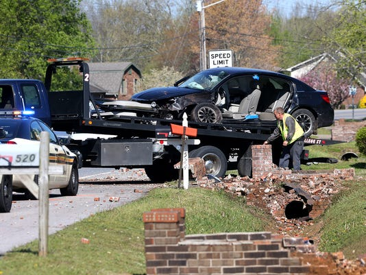 635960651811381987-09-Police-Chase-Wreck.jpg