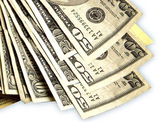 635896519457276301-cash.jpg