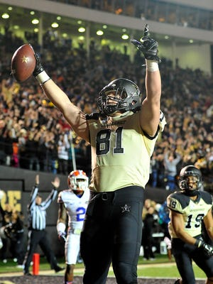 Vanderbilt senior tight end Steven Scheu has accepted an invitation to play in the East-West Shrine Game on Jan. 23.